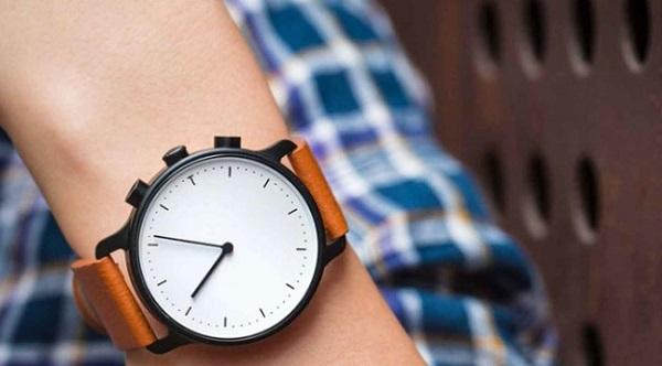 nevo-smartwatch