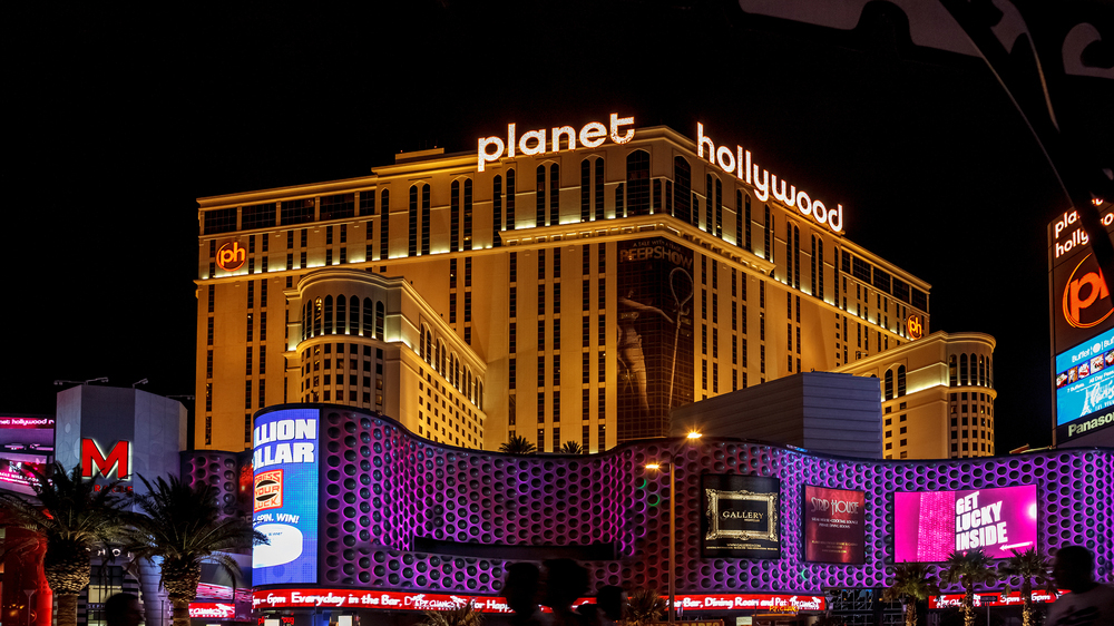 Tourist Suing Planet Hollywood in Vegas for Mannequin Scare Injury