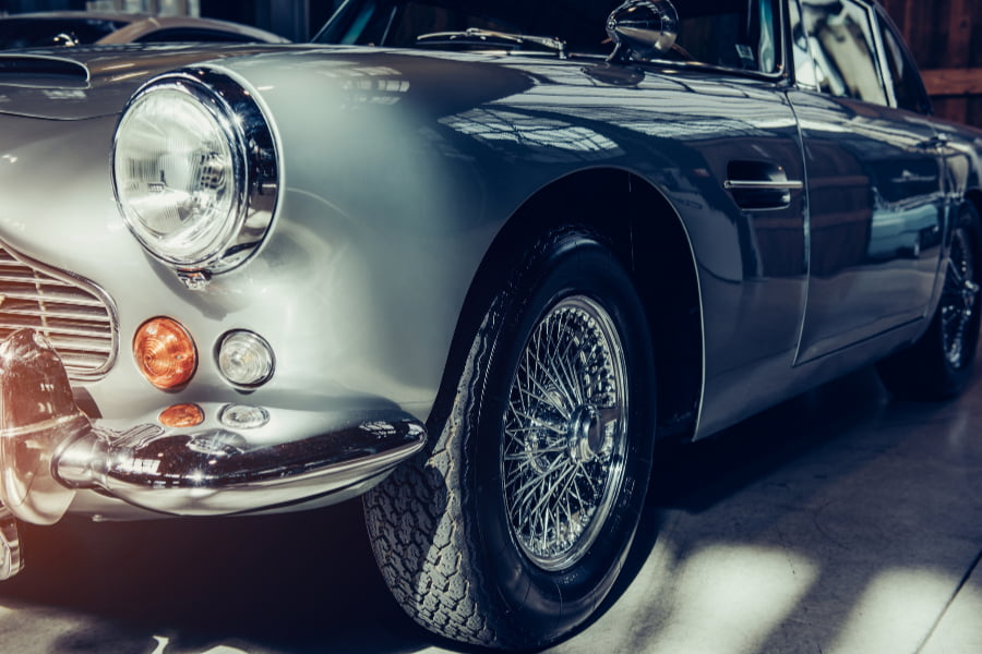 why difficult to find good classic car insurance