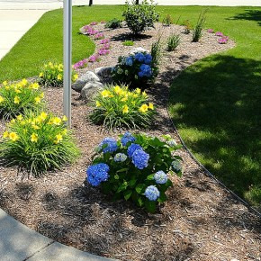 landscaper, Milwaukee landscaping, retaining wall builder