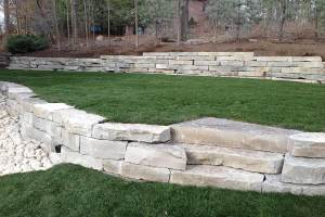 Outcropping Stone Retaining Walls in Muskego WI