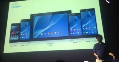 Joe Takata, gerente de produtos da Sony Mobile Brasil apresentando a família Z