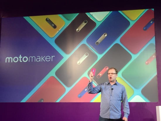 Steve Sinclair VP de Marketing da Motorola apresentando ao Brasil o Moto Maker