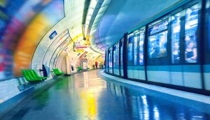 A leading Internet Exchange Provider deploys solution to Paris metro area