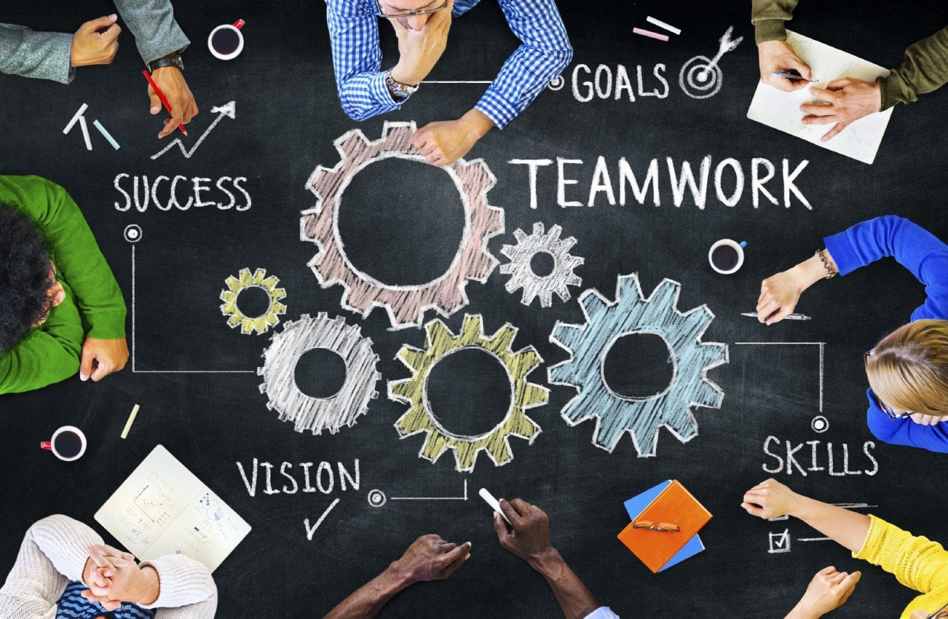 5 Team Building Ideas That Will Get Your Staff Working Together