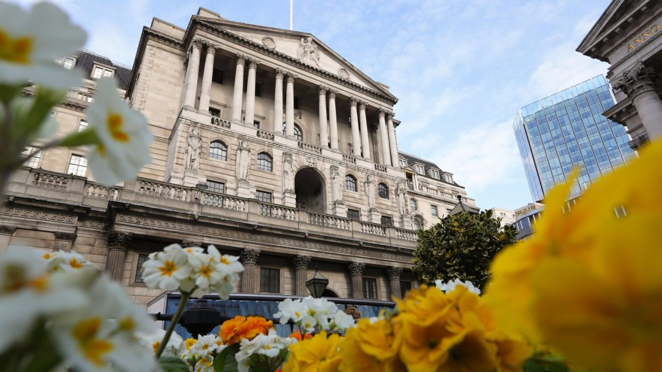 bank of england flowers - Towards a Sustainable Monetary Policy - Sovereign Money Part 1