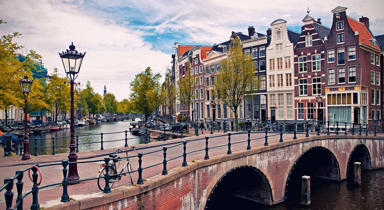 How The Netherlands Is Leading The Blockchain Revolution