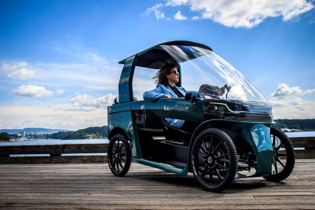 CityQ – A Four-Wheeled Fusion Of A Car And An Ebike