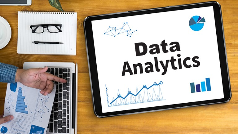 Data–Analytics in Real Time