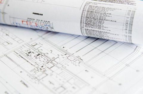 Contratar un arquitecto para optimizar el espacio.