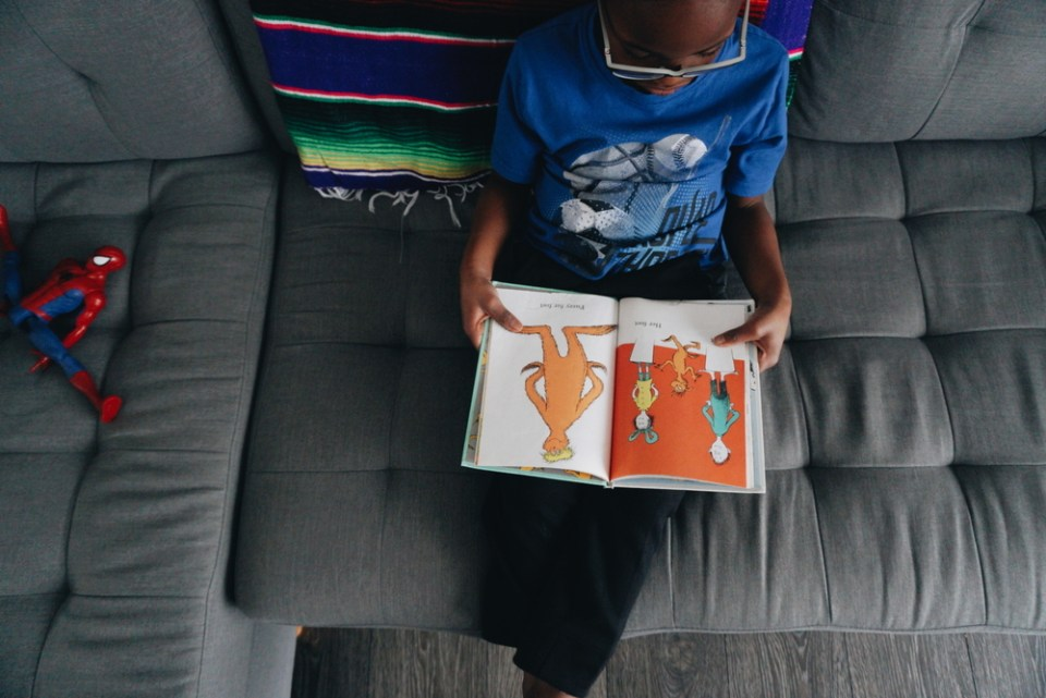When teaching your child to read- should you use phonics or a whole language approach?