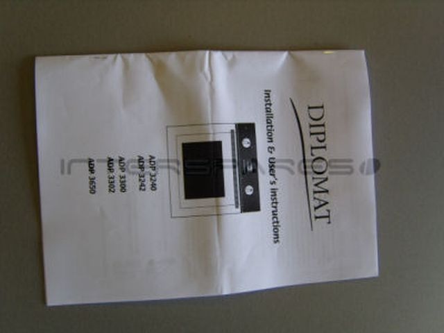Diplomat Cooker  Oven INSTRUCTION MANUAL 300190730