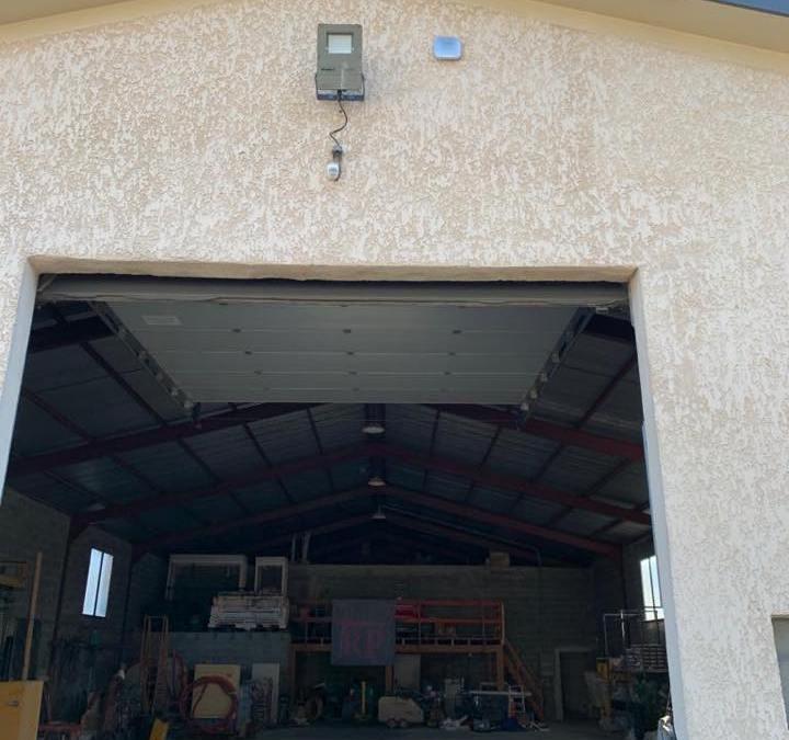Installation d'une alarme intrusion dans un bureau et dépôt professionnelle à Arbin en Savoie