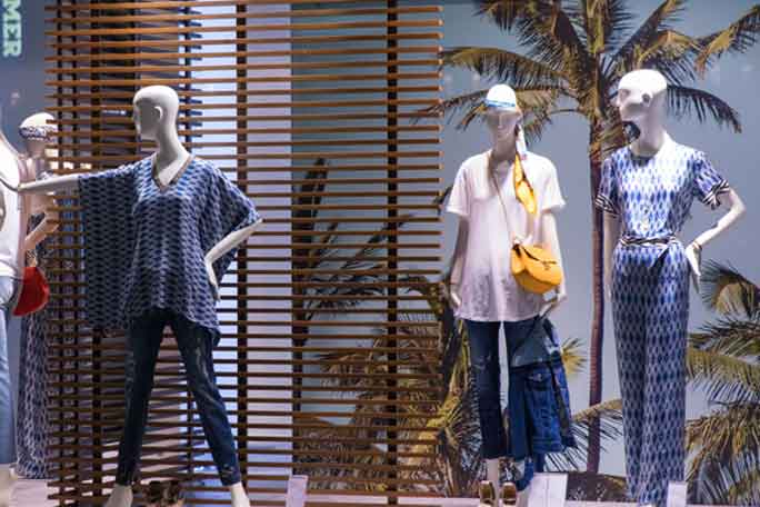 Fashion Boutique for sale Gold Coast Queensland by Interbiz Business Brokers