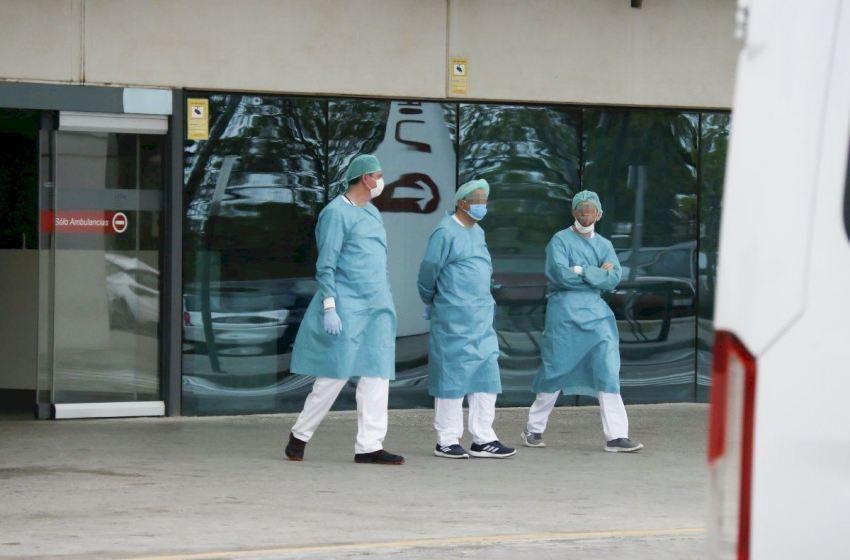 CSIF considera insuficientes las explicaciones de la consellera de Sanitat y le recuerda los 1.692 profesionales contagiados
