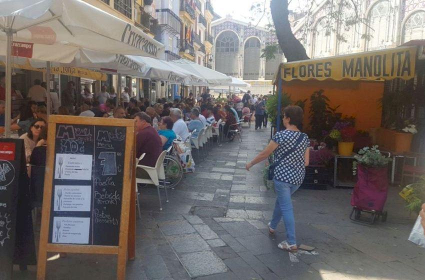 Los hosteleros de Valencia piden más flexibilidad para garantizar la supervivencia de las terrazas