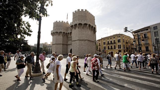El Gobierno presentará el jueves un plan de impulso para reactivar el turismo