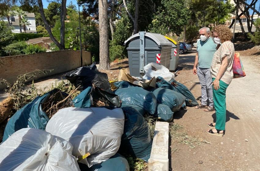 El PP denuncia la insalubridad de los contenedores en Torrent, pide mayor frecuencia de recogida y una campaña de uso de ecoparques