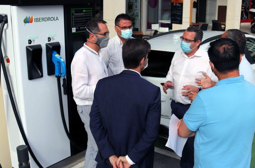 Benidorm activa dos nuevos puntos de recarga rápida para vehículos eléctricos