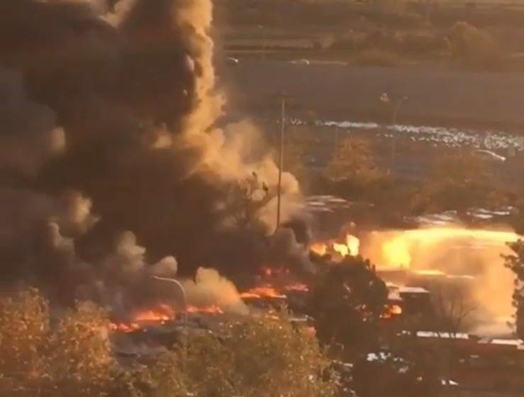 Un incendio en la cochera de la EMT calcina completamente 16 autobuses, 1 parcialmente y 6 más afectados