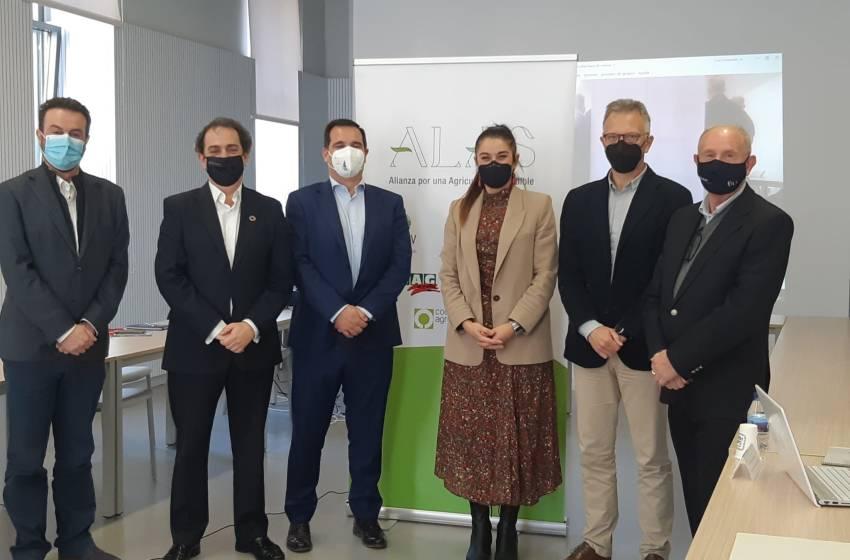 ALAS une al sector agrario español en Valencia para reivindicar una sostenibilidad ambiental, social y económica