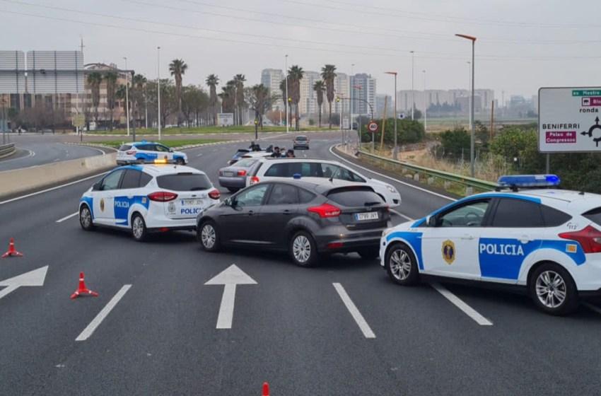 La Policía de la Generalitat impone 359 multas y sanciona a tres establecimientos durante el cuarto fin de semana de cierre perimetral