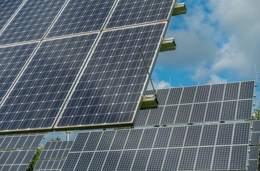 AVAESEN y la Conselleria de Economía lideran a 9 empresas que promueven una inversión de 275 millones en renovables en espacios degradados y balsas de riego