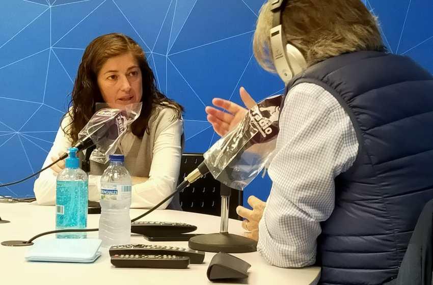 """Alicia Torres en El Intercafé: """"Una persona profesionalmente excelente no puede acceder a la administración si no tiene el valenciano"""""""