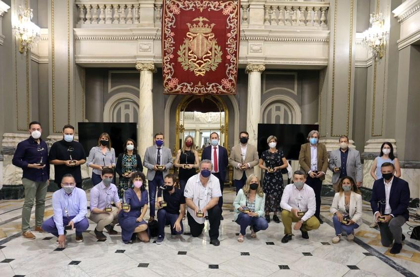 La Policía Local premia el trabajo de Intereconomia Valencia y de los periodistas valencianos en la pandèmia
