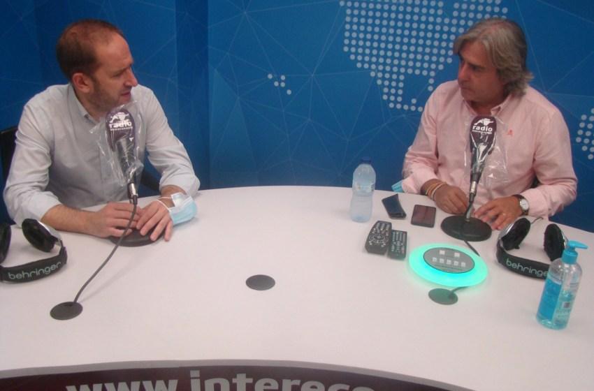"""Aarón Cano en El Intercafé: """"El que tenga solución para el botellón que me lo diga"""""""