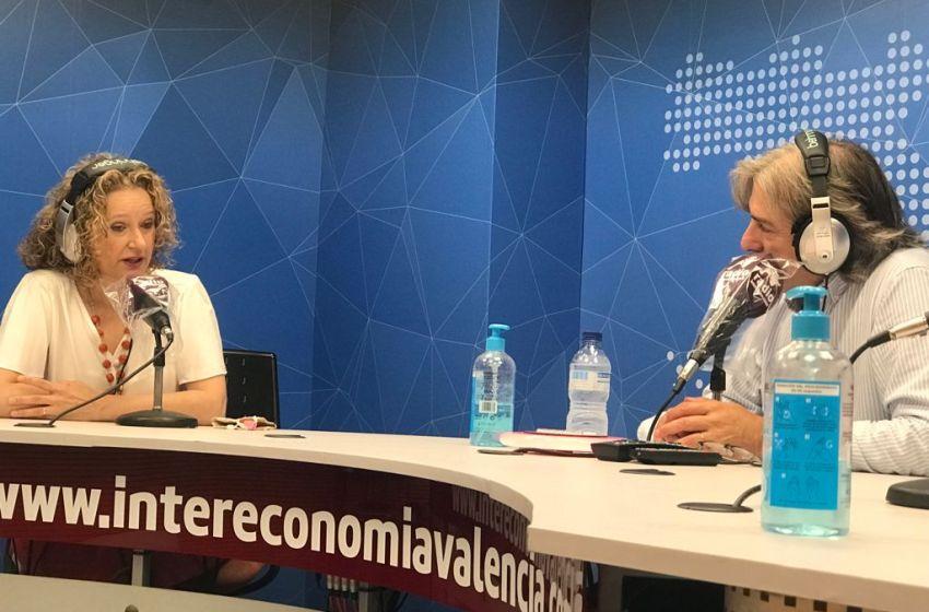 """Amparo Folgado en El Intercafé: """"La sentencia judicial no exime a Ros de seguir desarrollando la Ley de gran ciudad para Torrent"""""""