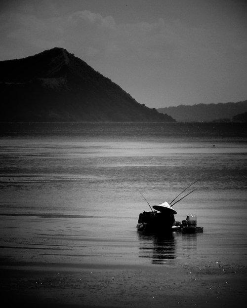 Taal Lake caldera