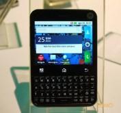 "Motorola MB502 ""Charm"": touch e teclado"
