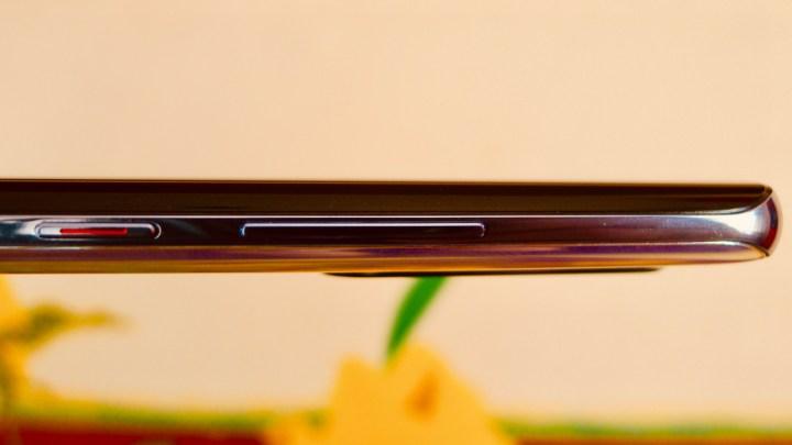 Huawei P30 Pro: botões no lado direito do aparelho apenas