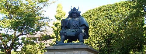武田信玄公の像