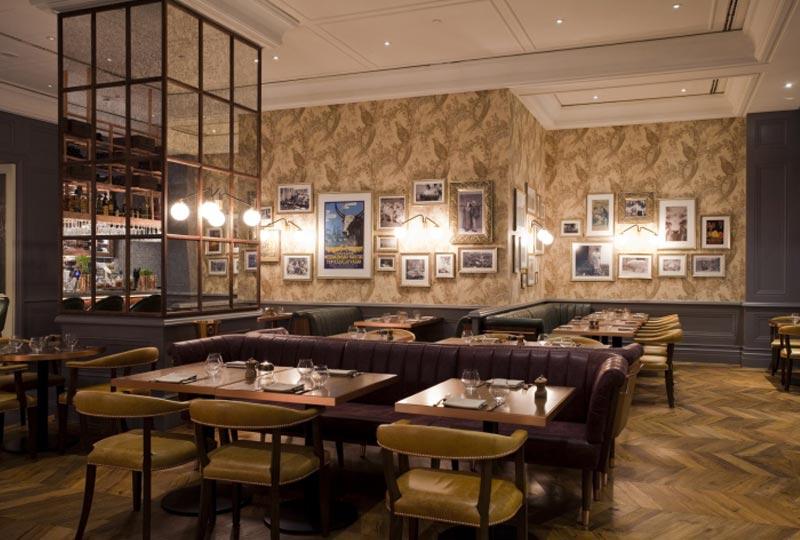 Deak St. Kitchen & Kupola Lounge café en Budapest