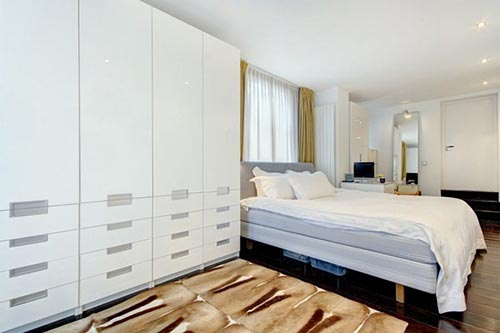 Grote slaapkamer aan Nieuwe Keizersgracht in Amsterdam