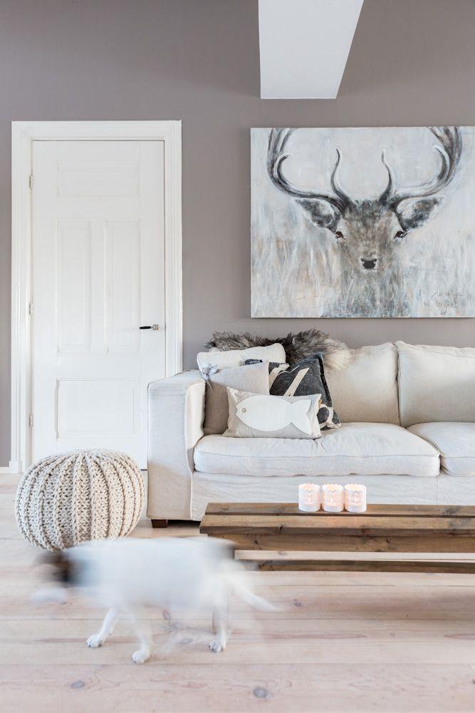 Grote schilderij in de woonkamer  Interieur inrichting