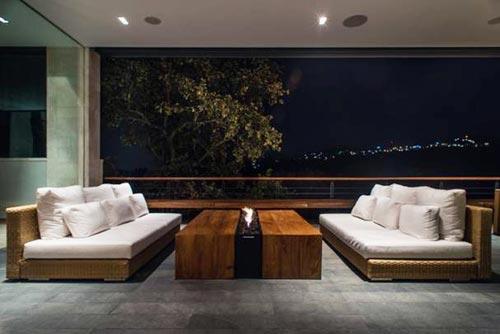 Luxe balkon van enorme villaInterieur inrichting