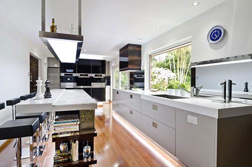 Moderne keuken ideen door Darren JamesInterieur