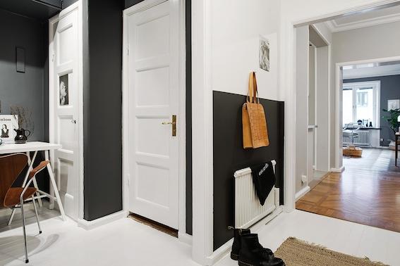 Mooie styling in kleine hal  Interieur inrichting