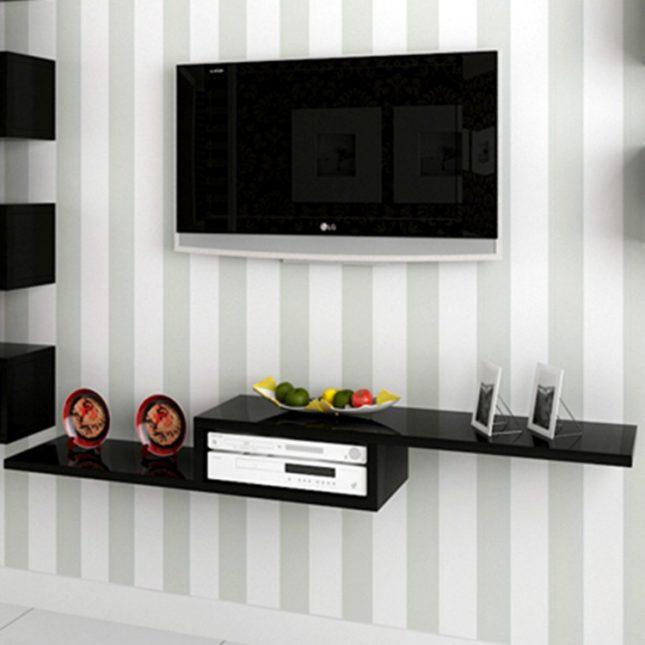 Plank als TV meubel  Interieur inrichting