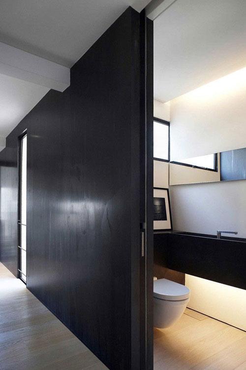 Schuifdeur voor het toilet  Interieur inrichting