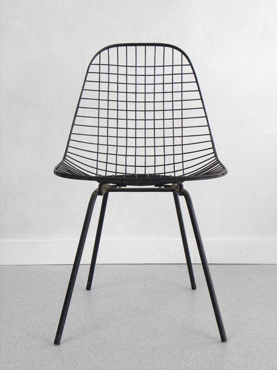 Zwarte Eames stoel  Interieur inrichting