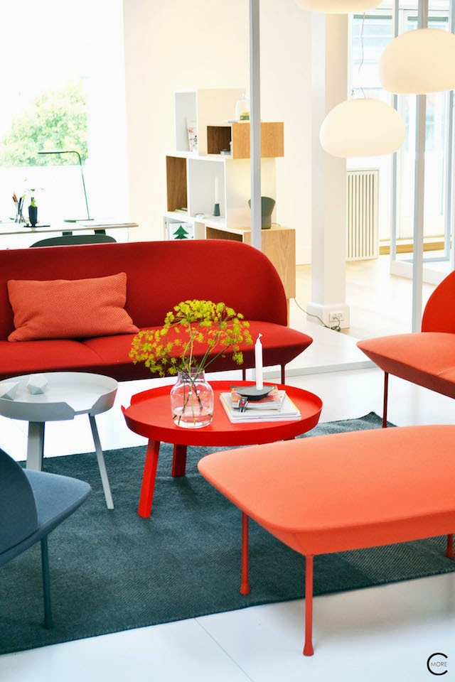 OSLO sofa | AROUND coffee table  | Muuto at C-More interieuradvies.blogspot.nl