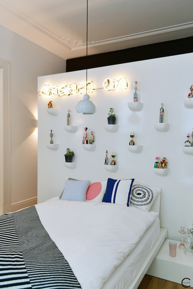 Vitra Design Kwartier Den Haag Studio van t Wout bedroom corniches wooden dolls Eames wool plaid Girard