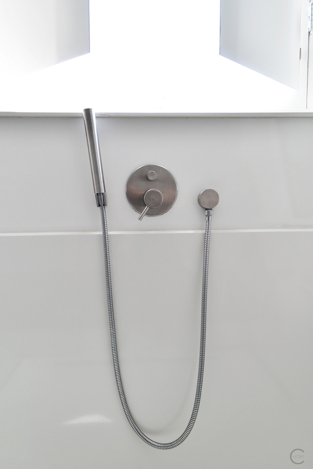 Jee-O bath shower wellness spa Design bathroom Manna awardwinning Design Hotel NL 34