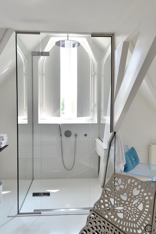 Jee-O bath shower wellness spa Design bathroom Manna awardwinning Design Hotel NL 36
