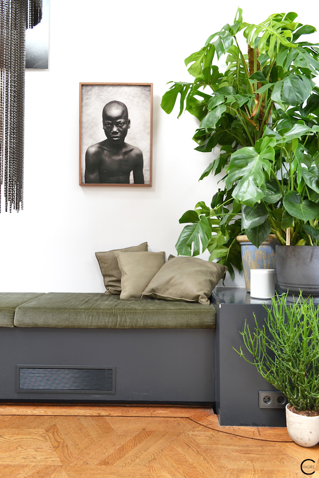 The Loft Amsterdam The Playing Circle August 2015 Green bench plants pillow black and white photo