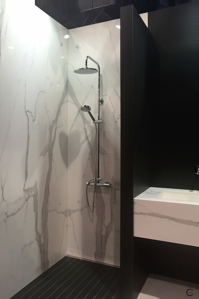 BlogtourKBIS 2016 | Las vegas | Kitchen and bathroom trends | Marble trend | Classtone neolith sink shower bathroom | picture by C-More